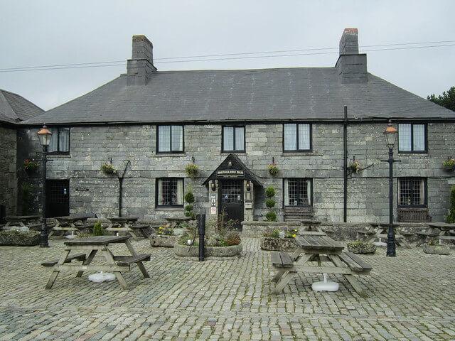 A photograph of the Jamaica Inn in Bolventor, Cornwall