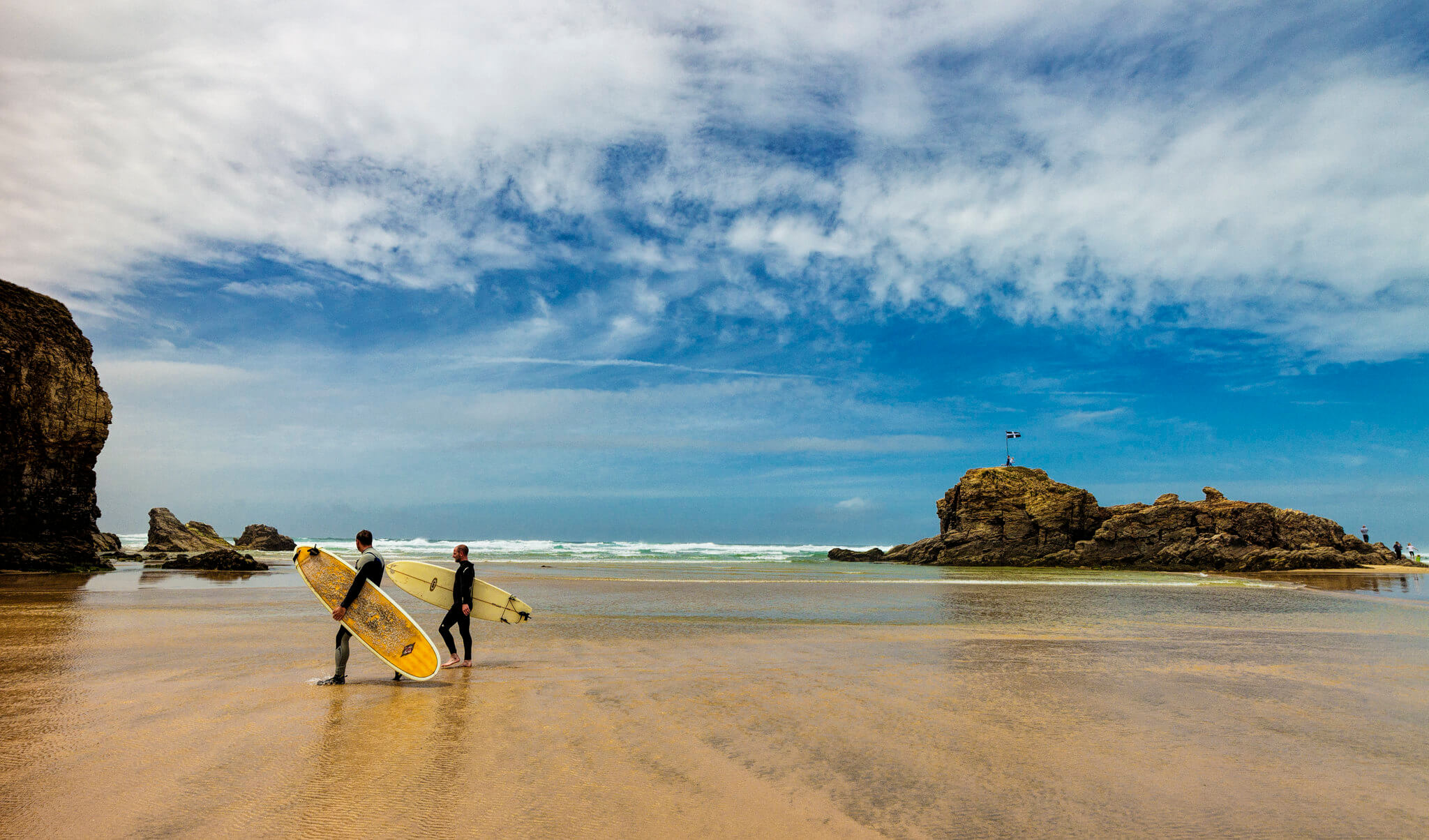 Perranporth Beach surfing