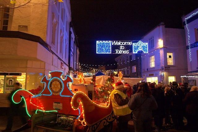 Totnes Christmas market at night