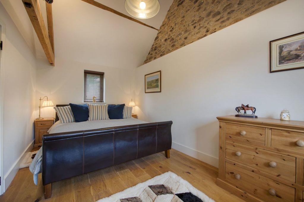 Romantic Master Bedroom, Boycombe Barn