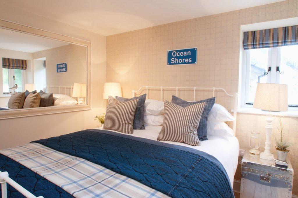 Romantic Master Bedroom, Saltwind Granary