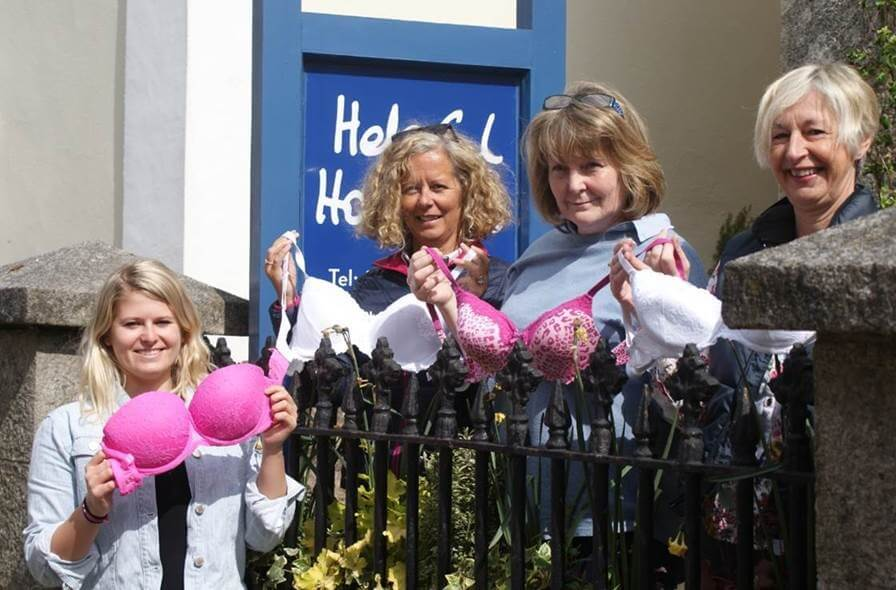 Bra Bunting Chagford Helpful Holidays