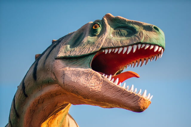Allosaurus dinosaur statue in Dinosaur park