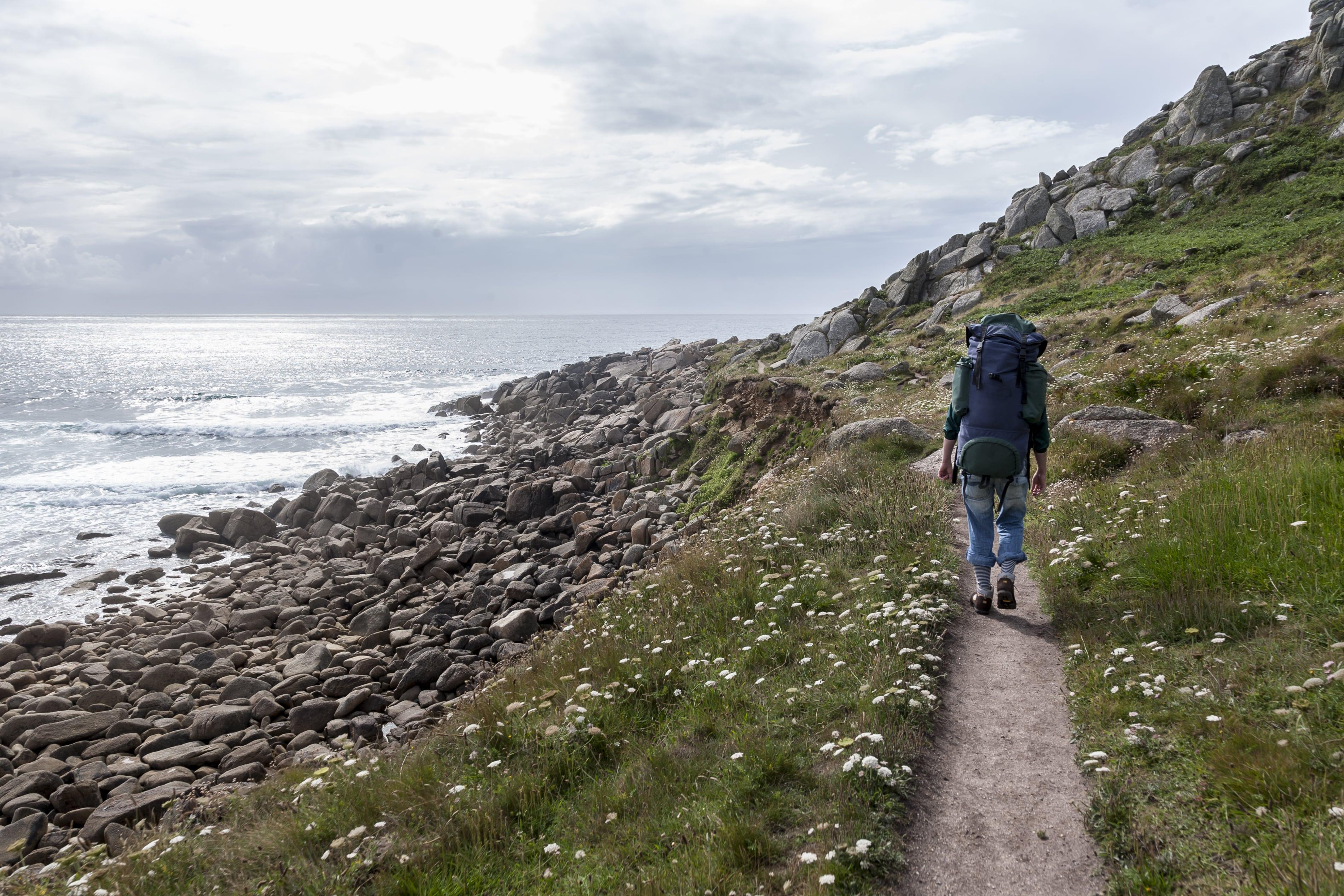 Backpacker-in-Cornwall